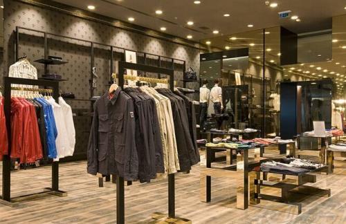 106短信群发在实体服装店的应用 实体服装店短信群发模板
